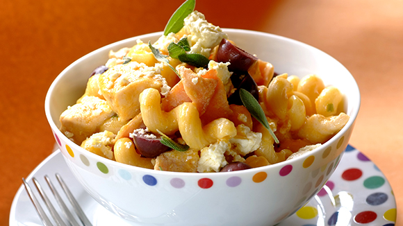 Quick Pasta with Chicken, Feta and Olives